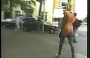 پسر استمناء فیلم کون گنده سکسی در مقابل دختر.